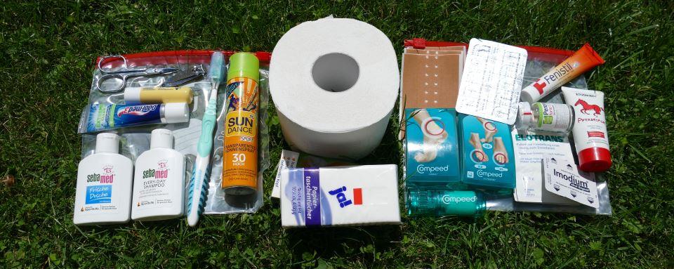 Packliste-Fernwandern-Hygiene-Medizin