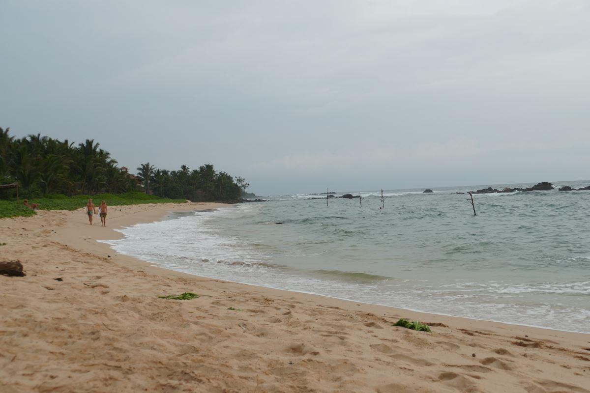 Sri Lanka-Strand-Surf_1200